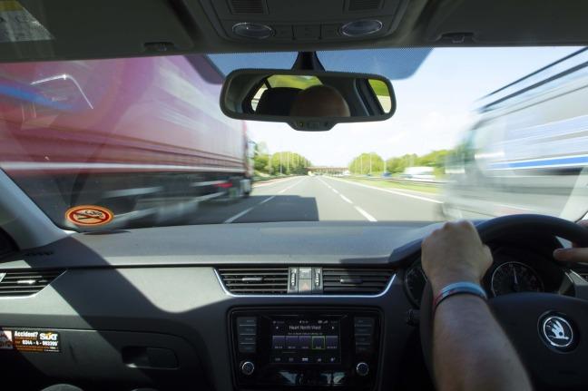 motorway-1555614_1280